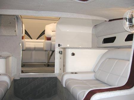 290Closed-cabin