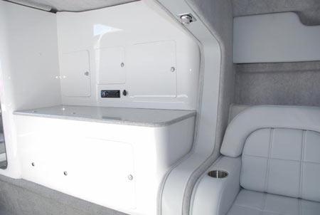400t_mid-cabin2